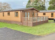 BEAUTIFUL LODGE FOR SALE / DECKING INCLUDED