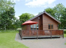 FOR SALE - PRE OWNED LUXURY LOG CABIN BRIDLINGTON