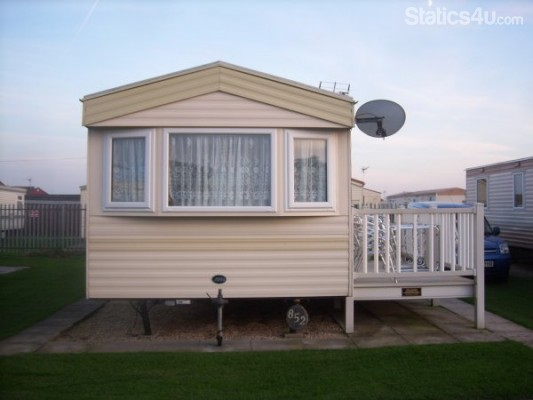 Simple DOG FRIENDLY CARAVAN FOR HIRE HUNSTANTON  GRANDA 6BERTH  In